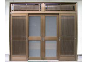 玄関網戸施工例3