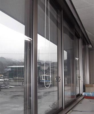 オフィスの内装を損なわず、落ち着いた雰囲気に!